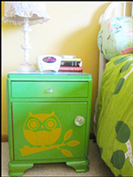 Whooo's Cute Night Stand?