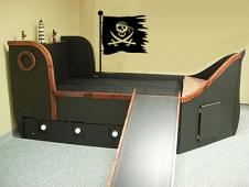 Rugged Pirate Flag Wall Decal